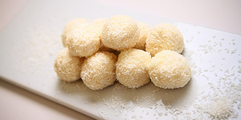 Coconut-No-bake-Bites